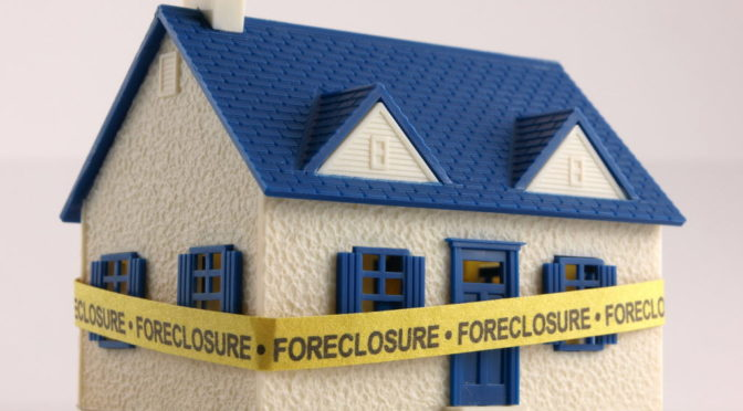 Defense Attorney Says Judges Knowingly Create Foreclosures in Family Court